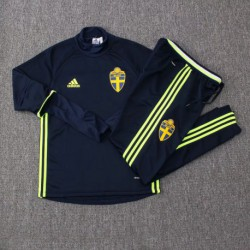 S-XL 16/17 tracksuits swede